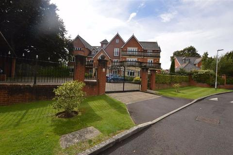 2 bedroom apartment to rent - Dellwood Park, Caversham Heights