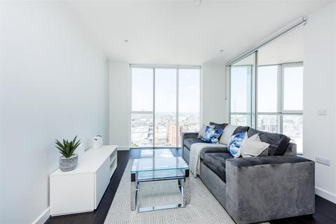 2 bedroom flat for sale - Sky Gardens, Nine Elms, SW8
