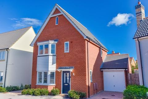 3 bedroom detached house for sale - Buckthorn Road, Dunmow