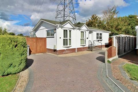 2 bedroom park home for sale - Stour Park, New Road, Bournemouth