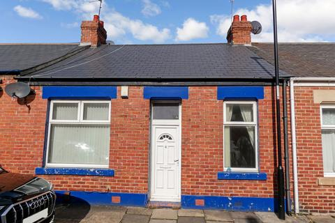 3 bedroom cottage for sale - Hazledene Terrace, Pallion, Sunderland, Tyne and Wear, SR4 6NA