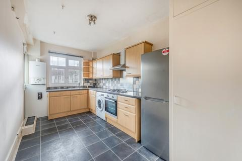 3 bedroom flat for sale - Fountain Road, London, SW17