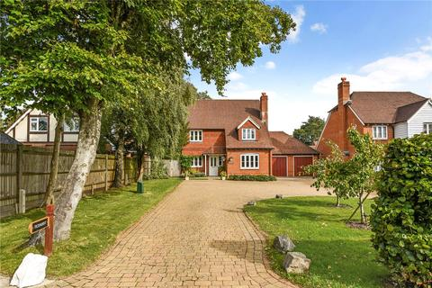 4 bedroom detached house for sale - Boyneswood Road, Medstead, Alton