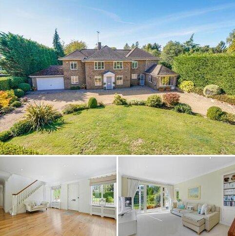 5 bedroom detached house for sale - Harebell Hill, Cobham, Surrey, KT11