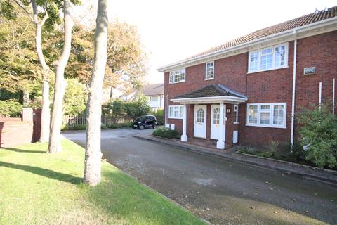 2 bedroom apartment for sale - Victoria Road, Freshfield, Liverpool L37