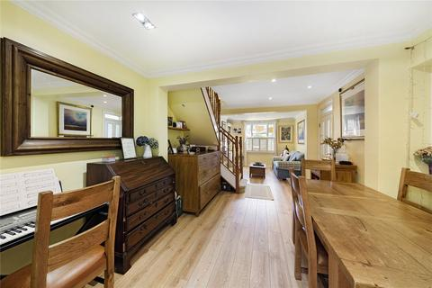 3 bedroom semi-detached house for sale - Montgomery Road, Chiswick, London, W4