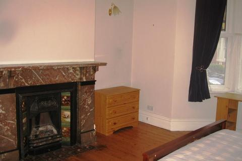2 bedroom flat - Glenthorn Road, Jesmond, Newcastle upon Tyne NE2