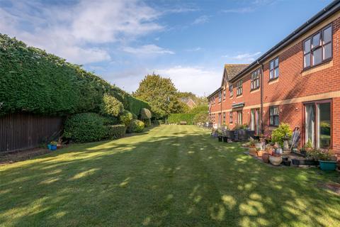 2 bedroom retirement property for sale - Magnolia Court, Victoria Road, Horley, Surrey, RH6