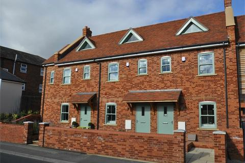 4 bedroom townhouse for sale - Christchurch Road, RINGWOOD, Hampshire
