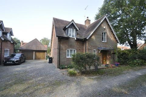 5 bedroom detached house for sale - The Coppice, West Moors, FERNDOWN, Dorset
