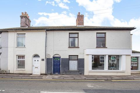 3 bedroom terraced house for sale - Wellington Road, Dereham