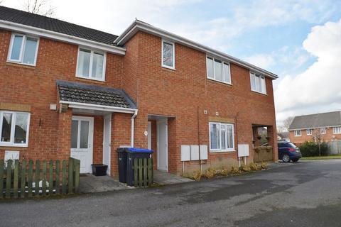 3 bedroom flat to rent - Partridge Way, Old Sarum, Salisbury