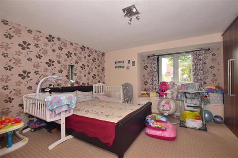 2 bedroom apartment for sale - St. Erkenwald Road, Barking, Essex