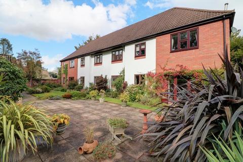 2 bedroom ground floor flat for sale - Roman Lane, Little Aston Park Estate