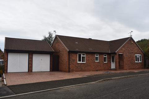 3 bedroom detached bungalow to rent - Chatham Way, Haslington