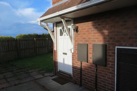 2 bedroom flat to rent - Chaucer Close Gateshead NE8 3NQ