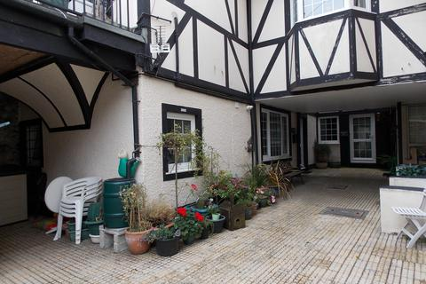 1 bedroom apartment - St. Ives