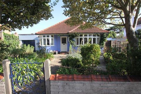 3 bedroom detached bungalow for sale - Walmer