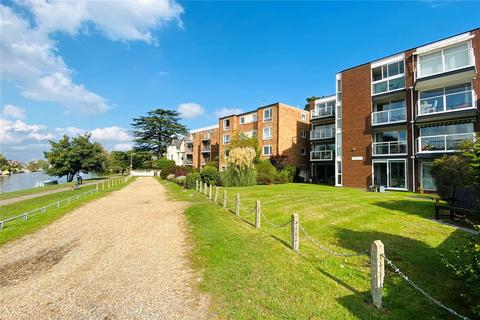 1 bedroom apartment for sale - Riverside Road, Staines-upon-Thames, Surrey, TW18