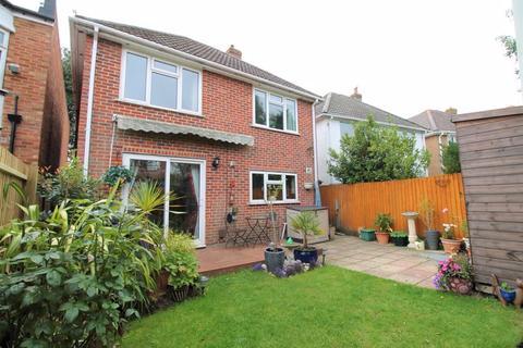 3 bedroom detached house for sale - Castle Lane East, Bournemouth