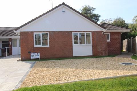 3 bedroom bungalow for sale - Gresford, Wrexham