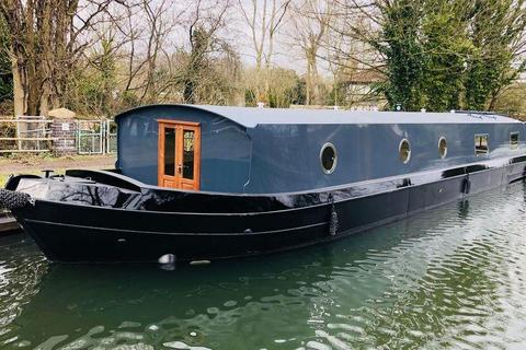 2 bedroom houseboat for sale - The Modern Canal Boat, Ferry Quays