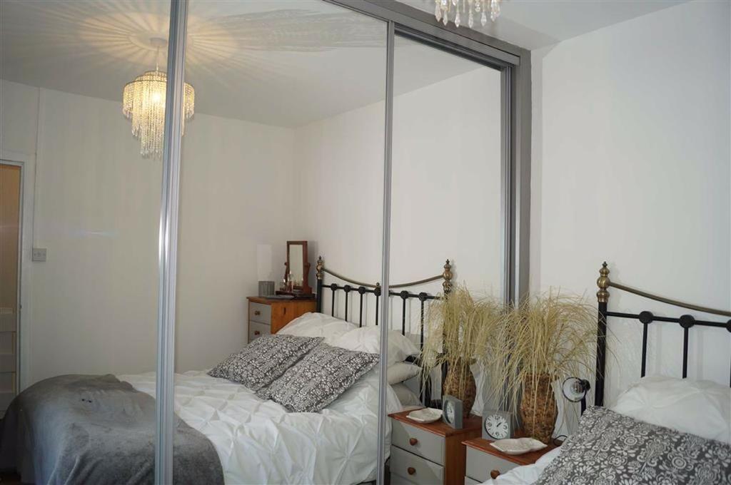 Bedroom 3(rear)