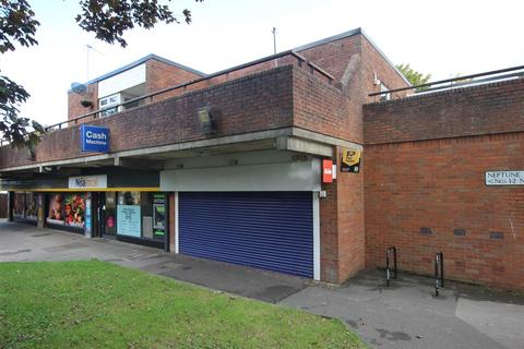 Property to rent - Neptune Square, Houghton Regis