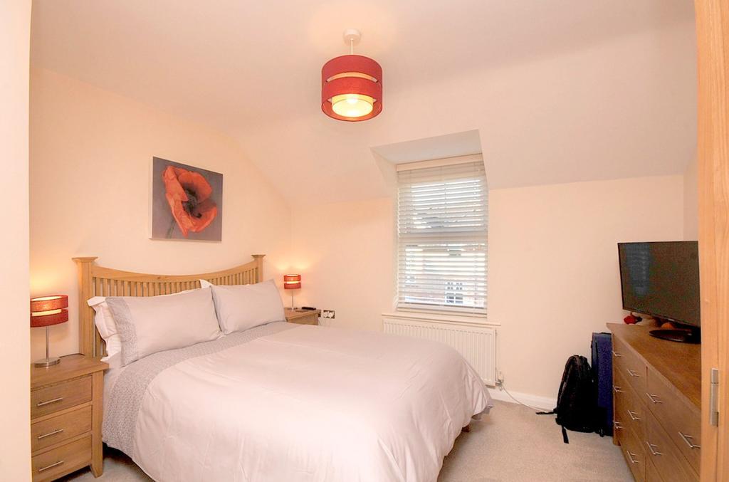 Birchdale Road, Appleton, Warrington, WA4 2 bed apartment ...