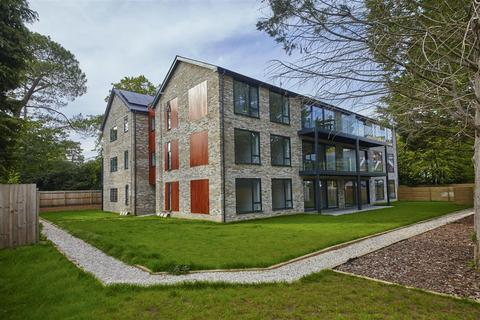 3 bedroom flat for sale - The Avenue, Branksome Park, Poole