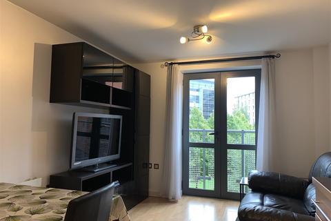 1 bedroom flat to rent - Velocity East, City Walk