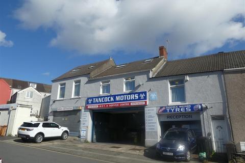 1 bedroom flat - Nicholl Street, Swansea