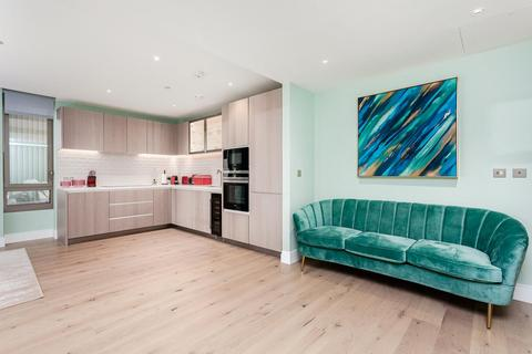 2 bedroom apartment for sale - Radley House, Prince of Wales Drive, London, SW11