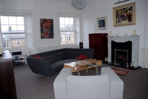2 bedroom flat to rent - Haddington Place