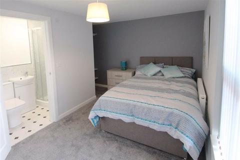 1 bedroom house share to rent - Holyoake Street, Droylsden