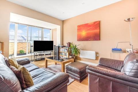 2 bedroom flat for sale - Birdwood Avenue Hither Green SE13