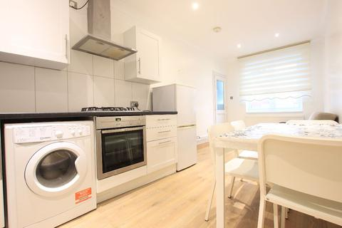 1 bedroom flat to rent - Firs Lane, Palmers Green N13