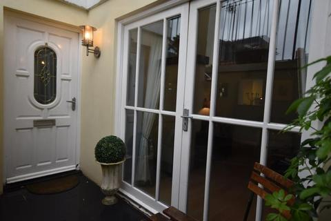 2 bedroom apartment to rent - Park Heights, The Ropewalk, Nottingham NG1 5DT