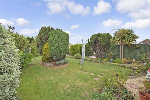 3 bedroom detached bungalow for sale - Lauriston Mount, Broadstairs, Kent