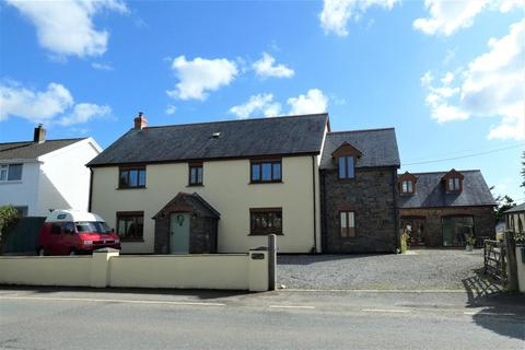 5 bedroom detached house for sale - Owls Hoot, Crundale, Haverfordwest