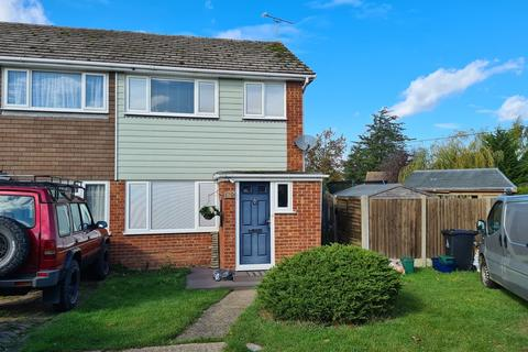 3 bedroom end of terrace house for sale - Garden Close, Althorne