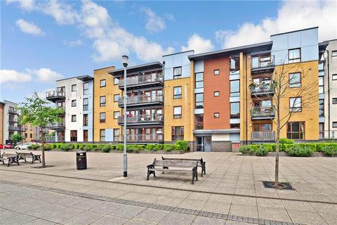 2 bedroom apartment for sale - Commonwealth Drive, Three Bridges, Crawley, West Sussex