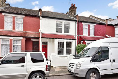 2 bedroom terraced house for sale - Sherringham Avenue, London, N17