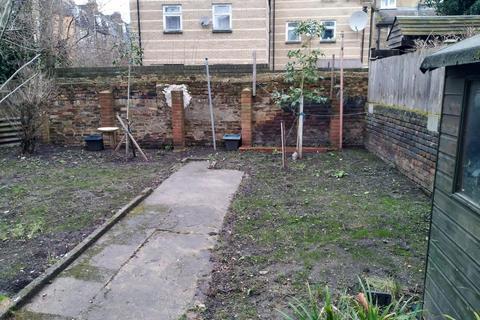 1 bedroom flat - Lorne Road, Stroud Green, London, N4