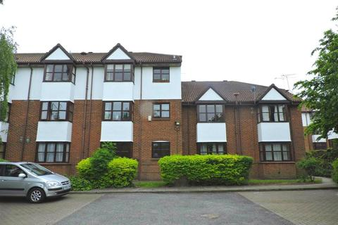 2 bedroom flat to rent - Swallow Close, Greenhithe, DA9 9PT