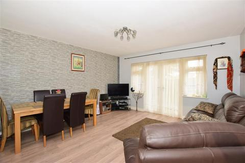 2 bedroom detached bungalow for sale - St. Johns Road, Upper Gillingham, Kent