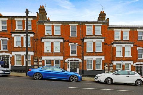2 bedroom flat to rent - Theatre Street, London