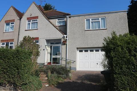 5 bedroom semi-detached house for sale - Leysdown Avenue, Bexleyheath, Kent, DA7 6AY