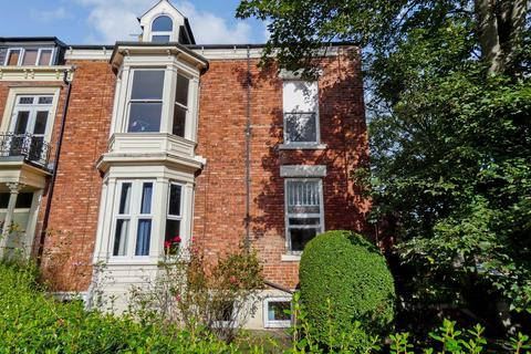 4 bedroom ground floor flat to rent - Tunstall Road, -, Sunderland, Tyne and Wear, SR2 7RT