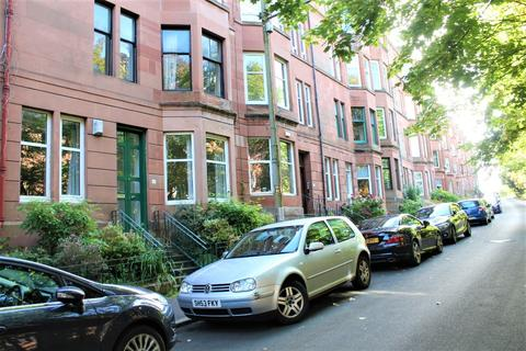2 bedroom apartment to rent - Bellwood Street, Shawlands, Glasgow, G41 3EU